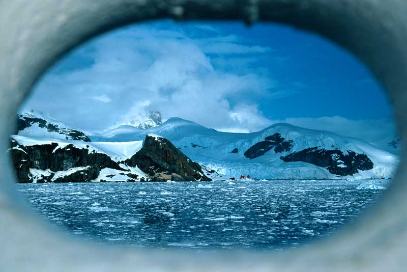 Antarctica: Journey to the Extreme