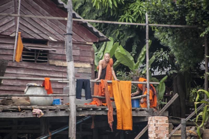 Tonlé Sap Lake, Buddhist Monk