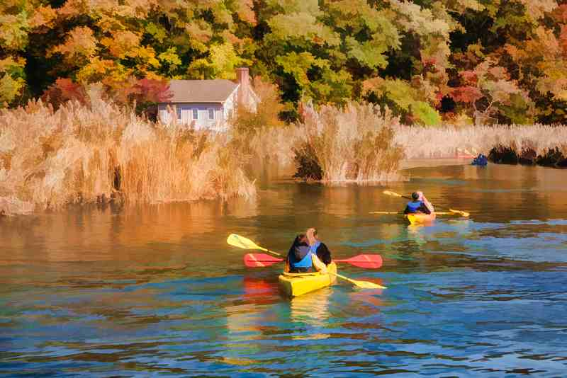Holly Gordon: Kayaks on the Nissequogue