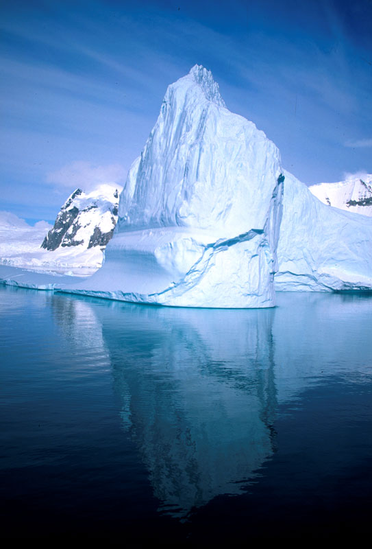 Iceberg Alley, Lemaire Channel