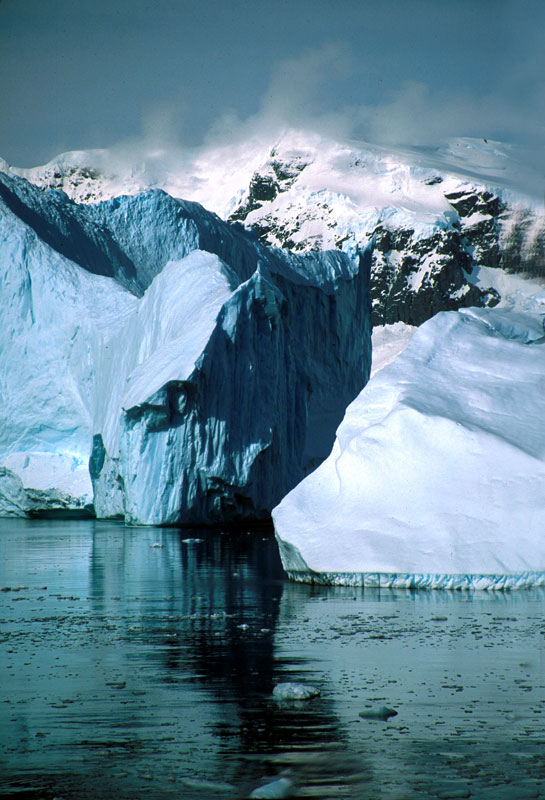 Iceberg, Lemaire Channel
